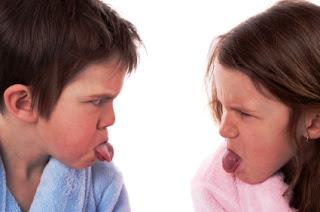 Con la rivalidad entre hermanos adultos